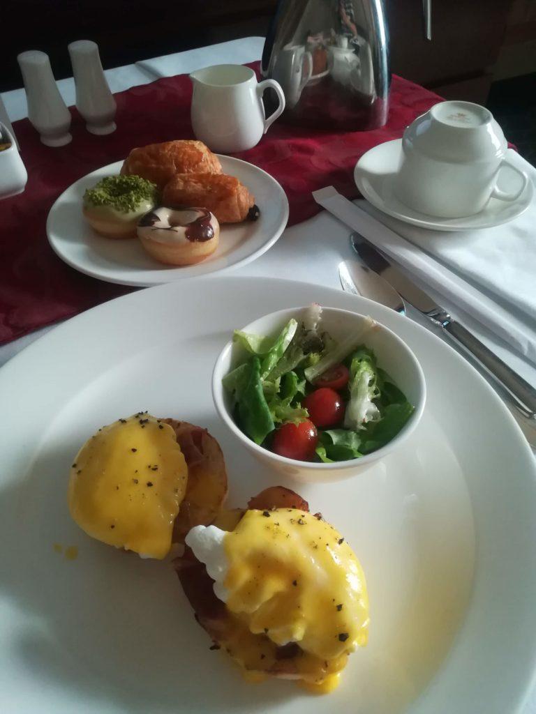 アヤナホテル 朝食
