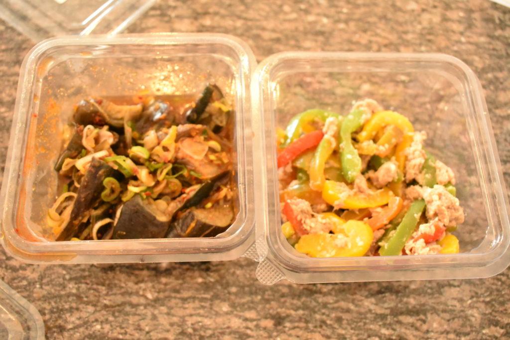 ジャカルタ市場 日本のお惣菜 冷やしなすとパプリカのツナサラダ
