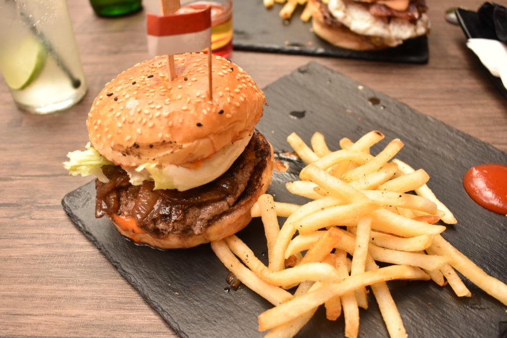 Dope Burger & Co.ハンバーガー