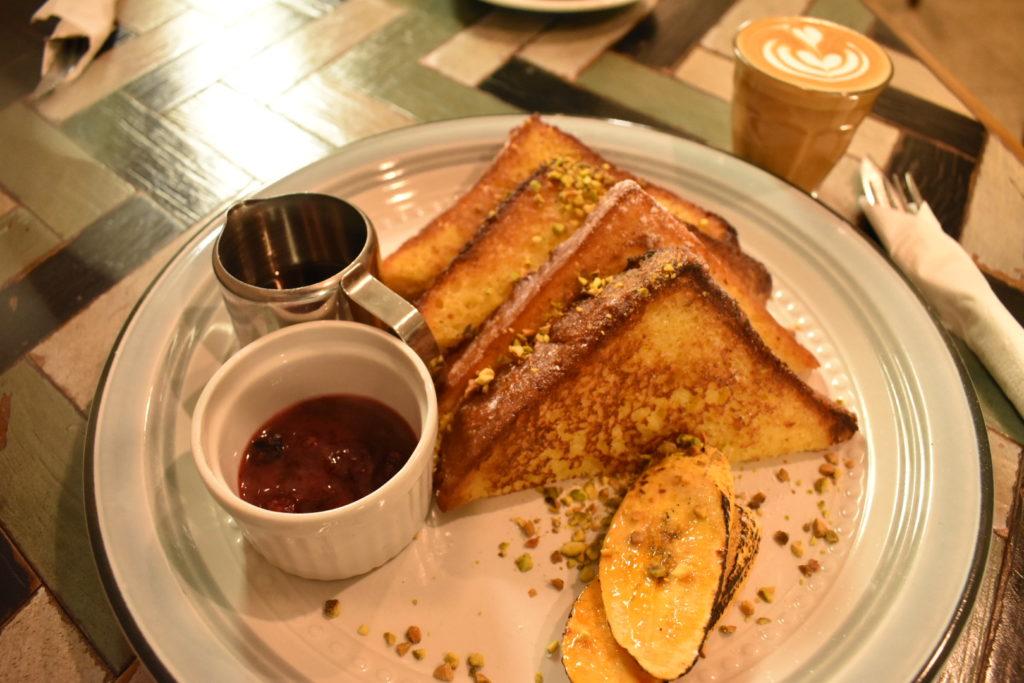 Ombé Kofieの朝食メニュー